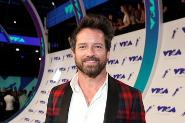 Ian Bohen 2017 MTV Video Music Awards - Red Carpet