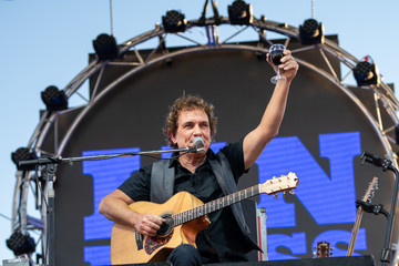 Ian Moss Australians Gather In Outback Queensland For Birdsville Big Red Bash Music Festival