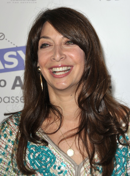 Illeana Douglas Hot Illeana douglas. so hot