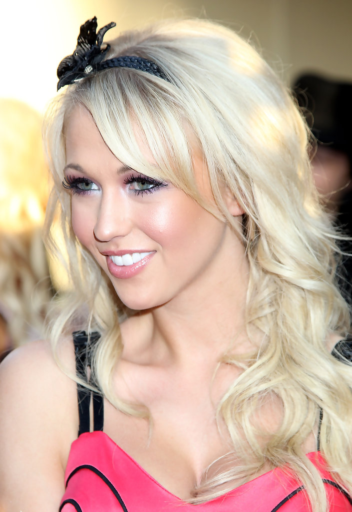 sophie reade photos the infidelworld premiere gala