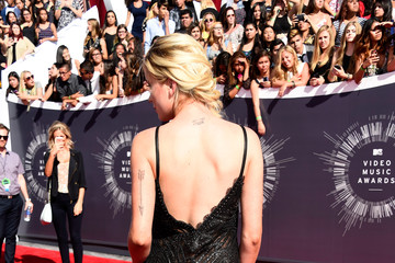 Ireland Baldwin Arrivals at the MTV Video Music Awards — Part 2