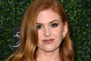 Isla Fisher WCRF's 'An Unforgettable Evening' Presented By Saks Fifth Avenue - Arrivals