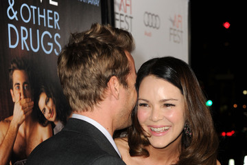 jacinda barrett and gabriel macht  Jacinda Barrett And Gabriel