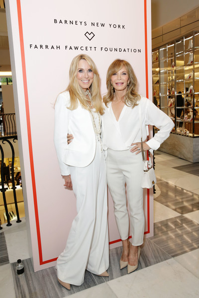 Barneys New York Hosts A Cocktail Party In Support Of The Farrah Fawcett Foundation [barneys new york hosts a cocktail party in support of the farrah fawcett foundation,white,product,fashion,beauty,skin,fashion design,dress,pantsuit,style,jaclyn smith,alana stewart,beverly hills,california,farrah fawcett foundation,l,barneys new york,barneys new york hosts a cocktail party in support]