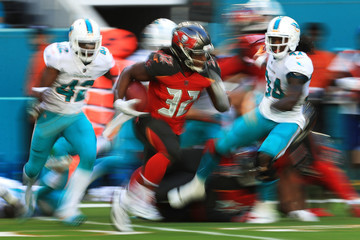 Jacquizz Rodgers Tampa Bay Buccaneers vMiami Dolphins