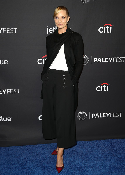 The Paley Center For Media's 35th Annual PaleyFest Los Angeles - 'Mom' - Arrivals [television show,clothing,suit,fashion,carpet,footwear,formal wear,premiere,dress,outerwear,shoe,mom,jaime pressly,arrivals,los angeles,dolby theatre,california,hollywood,paley center for media,paleyfest]