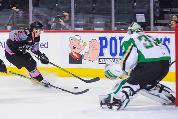 Jake Bean Prince Albert Raiders v Calgary Hitmen