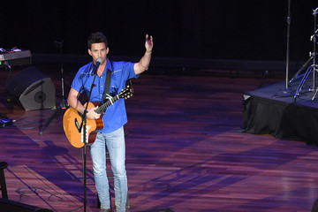 Jake Owen 14th Annual Stars For Second Harvest Benefit
