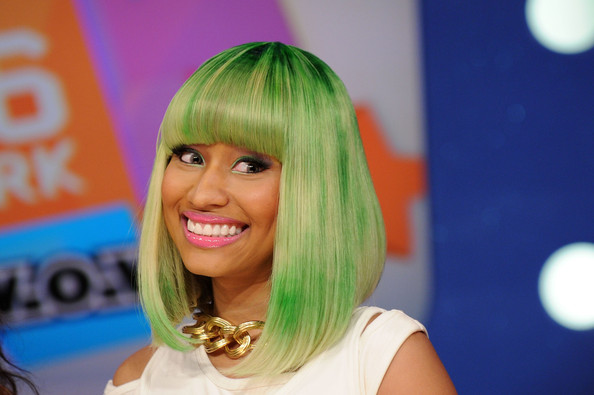pictures of nicki minaj bald. Nicki Minaj Bald Head. Nicki Minaj Recording artist; Nicki Minaj Recording artist. PsstGreek. May 1, 11:00 AM. i recently jailbreak my iphone 4