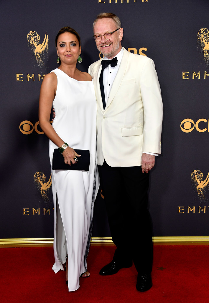 http://www3.pictures.zimbio.com/gi/Jared+Harris+69th+Annual+Primetime+Emmy+Awards+zswrYJHE7kmx.jpg