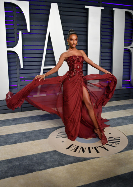 Jasmine Tookes - 2019 Vanity Fair Oscar Party Hosted By Radhika Jones - Arrivals