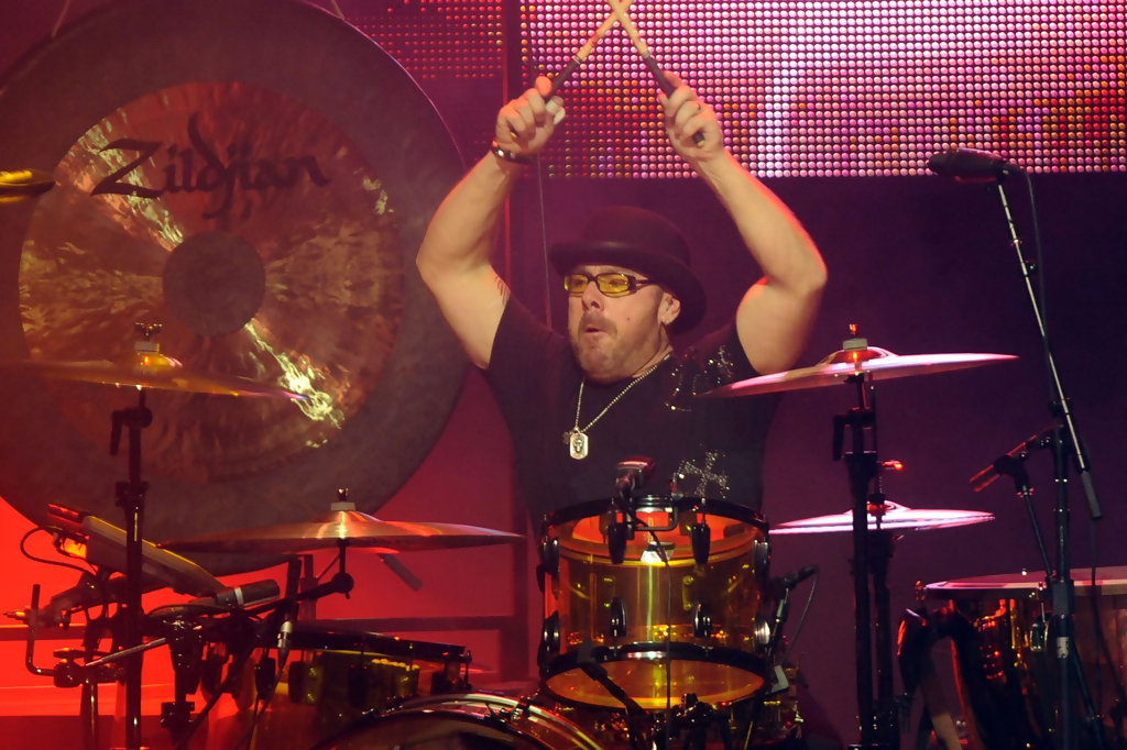 jason bonham 39 s led zeppelin experience at the pantages theatre zimbio. Black Bedroom Furniture Sets. Home Design Ideas