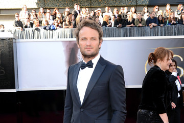 Jason Clarke Red Carpet Arrivals at the Oscars