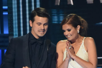 Jason Ritter Joanna Garcia-Swisher The 51st Annual CMA Awards - Show