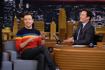 Jason Sudeikis Jason Sudeikis Visits 'The Tonight Show Starring Jimmy Fallon'
