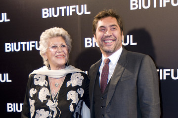 Photo of Javier Bardem & his  Mother  Pilar Bardem