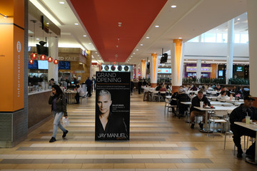 Jay Manuel Jay Manuel Beauty, Grand Opening Roosevelt Field Mall