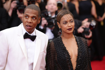 """Jay-Z Beyonce Knowles """"Charles James: Beyond Fashion"""" Costume Institute Gala - Candids"""