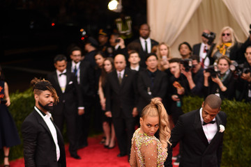 """Jay-Z Beyonce Knowles """"China: Through The Looking Glass"""" Costume Institute Benefit Gala"""
