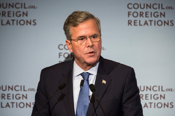 http://www3.pictures.zimbio.com/gi/Jeb+Bush+Addresses+Council+Foreign+Relations+jHq-269J8--l.jpg