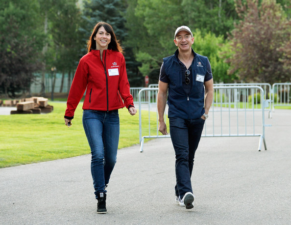 Business Leaders Meet in Sun Valley for Conference [jeans,denim,red,walking,standing,fun,fashion,street fashion,jacket,leisure,business leaders,jeff bezos,mackenzie bezos,founder,leaders,media,sun valley,allen co.,annual conference,morning session]