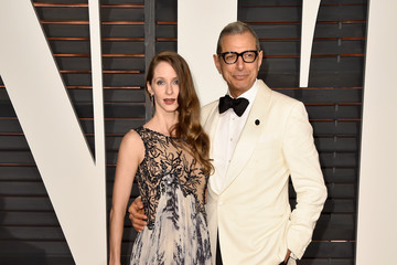 Jeff Goldblum Arrivals at the Elton John AIDS Foundation Oscars Viewing Party — Part 5