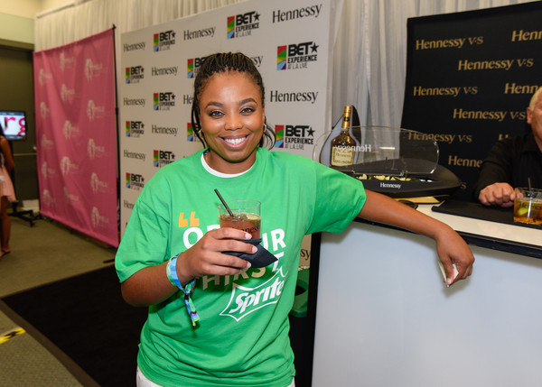 Official BET Experience Gifting Suite Sponsored by Hennessy [green,youth,t-shirt,hand,room,finger,games,recreation,hennessy,jemele hill,bet experience gifting suite,bet experience gifting suite,los angeles convention center,california]