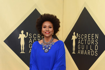 Jenifer Lewis 24th Annual Screen Actors Guild Awards - Red Carpet