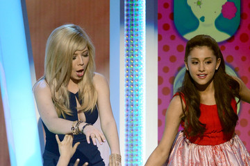 Jennette McCurdy Ariana Grande Nickelodeon's 26th Annual Kids' Choice Awards - Show