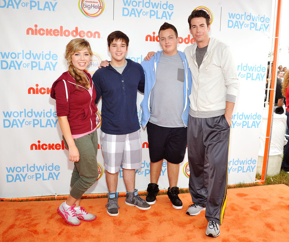 nathan kress and jennette mccurdy together. jennette mccurdy and nathan kress photos»photostream · pictures nickelodeon celebrates largest ever worldwide day of play in washington, around the world mccurdy together