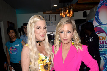 Jennie Garth Cold Stone Creamery Backstage At 2019 Teen Choice Awards