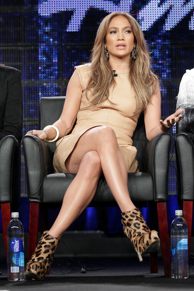 jennifer lopez hair colour american idol. girlfriend American Idol judge