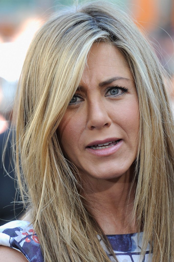 haircuts for with bangs aniston photos photos aniston honored 5453