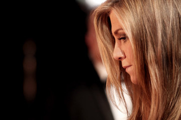 Jennifer Aniston Behind the Scenes at the Oscars