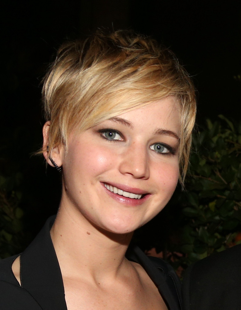 Let's Take a Better Look at Jennifer Lawrence's New Hair
