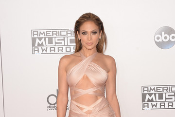 Jennifer Lopez Arrivals at the American Music Awards — Part 3