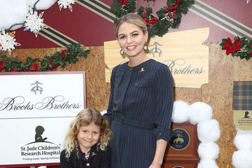 Jennifer Morrison Brooks Brothers Hosts Annual Holiday Celebration In Los Angeles To Benefit St. Jude - Arrivals