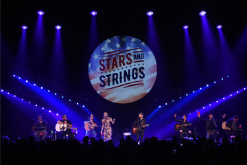 Jennifer Nettles Musicians Perform At The Stars And Strings Concert