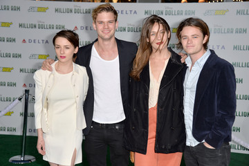 Jeremy Irvine 'Million Dollar Arm' Premieres in Hollywood