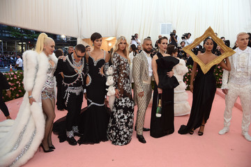 Jeremy Scott Stella Maxwell The 2019 Met Gala Celebrating Camp: Notes On Fashion - Arrivals