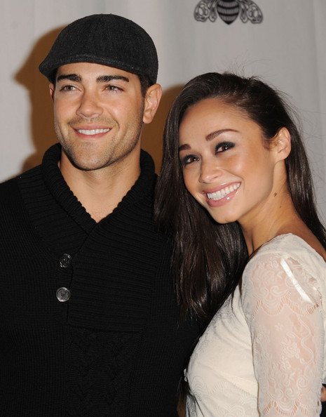 cara santana dating They've been dating since 2009, but cara santana, 31, and jesse metcalfe, 36, on thursday were keeping those first flushes of romance alive.