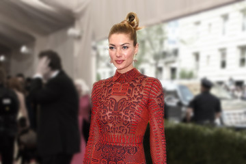 Jessica Hart 'China: Through The Looking Glass' Costume Institute Benefit Gala - Fashion Focus