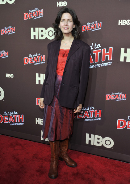 """HBO's """"Bored To Death"""" New York Premiere [bored to death,carpet,premiere,red carpet,outerwear,flooring,event,suit,jessica hecht,new york,jack h. skirball center for the performing arts,hbo,premiere,premiere]"""