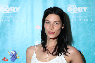 Jessica Pare 'Finding Dory' Collection by Trina Turk Event