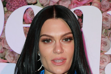 Jessie J VH1's 3rd Annual 'Dear Mama: A Love Letter To Moms' - Cocktail Reception