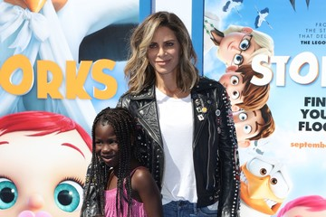 Jillian Michaels Premiere of Warner Bros. Pictures' 'Storks' - Arrivals