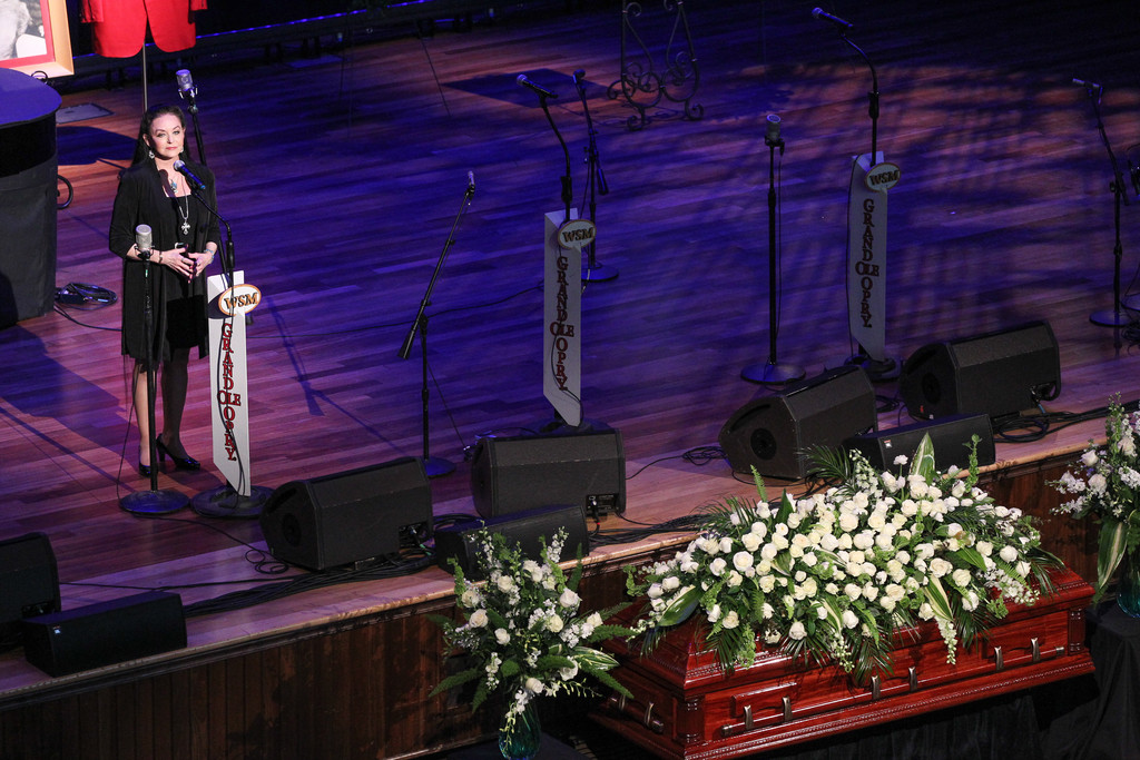 Crystal Gayle Photos Photos Jim Ed Brown Funeral Zimbio
