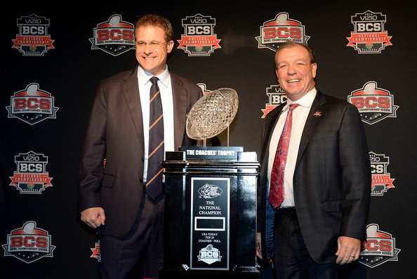 Vizio BCS National Championship News Conference [trophy,suit,event,award,formal wear,tuxedo,brand,gus malzahn,jimbo fisher,trophy,l-r,newport beach marriot hotel,vizio,auburn tigers,florida state seminoles,spa,bcs national championship]