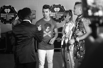 JinJoo Lee 2016 iHeartRadio Music Festival - Night 2 - Backstage