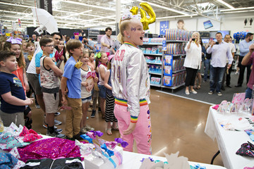 JoJo Siwa Nickelodeon's JoJo Siwa Celebrates Her Birthday at Walmart in Rogers, AR and Unveils Her New Consumer Products